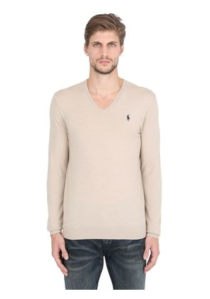 LOGO V NECK STRETCH MERINO SWEATER