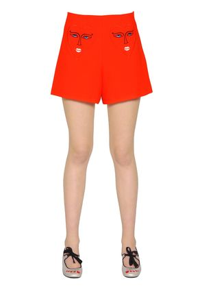 HEARTS EMBROIDERED STRETCH SHORTS