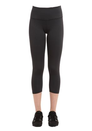 MISTY PERFORMANCE YOGA CAPRI LEGGINGS